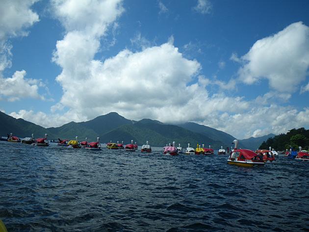 中禅寺湖スワンボートレースに参加してきた