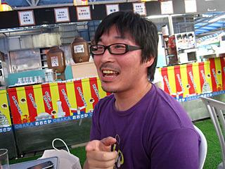 横浜の中華街にいってコース料理を千円値切った武勇伝を聞かせてくれた。一緒に買い物にいってみたい。