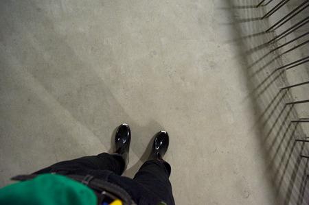 この足の下、わずか2mに!