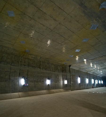 H鋼跡がトンネルに対して斜めに。なんでだ?