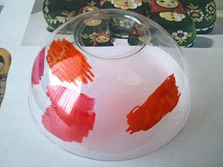 色付けの前に、家にあるいろいろなペンで描き具合を試す。