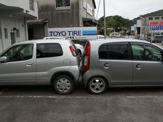脅威の駐車技術に驚愕しつつ三間方面へ歩く