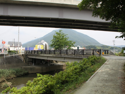そしてこれが、弘法大師が野宿したという十夜ヶ橋