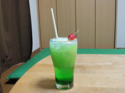 そして作った「佐藤錦クリームソーダ」