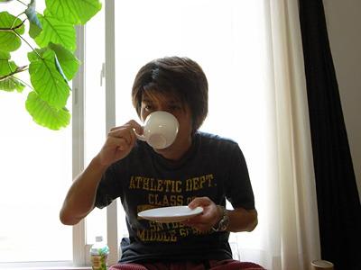 カフェインなんて必要ないくらいに覚醒してるんだ。