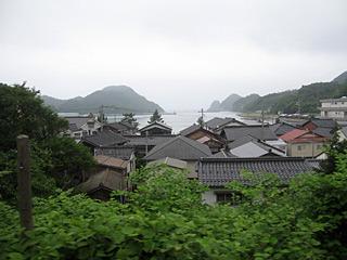 姫路からは特急で本州縦断。海って何回見ても、「おお!」って思う。