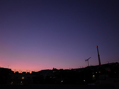 写真が家の中ばかりなので夕日の写真をどうぞ