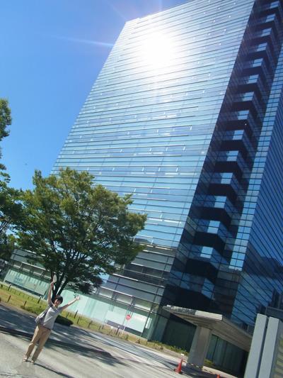 かっこいいー!神奈川新町、テクノウエイブ100!