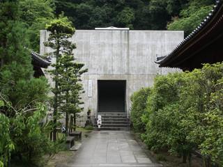 ところで、神恵院の本堂は、何か凄い外観