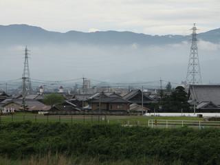 観音寺から田園風景の中を5km弱歩き――