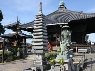 77番札所、道隆寺に着きました