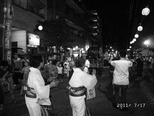 大阪万博の開催を記念した盆踊り大会