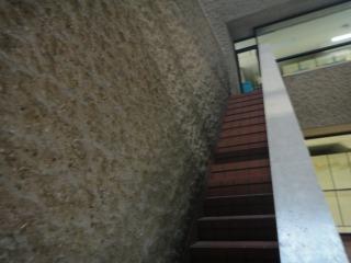 斜めになってるところは階段
