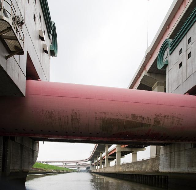 堀切菖蒲水門という水門。