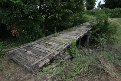 おぉ、やはり沈下橋。でも、最初に見たのとはちょっと違う