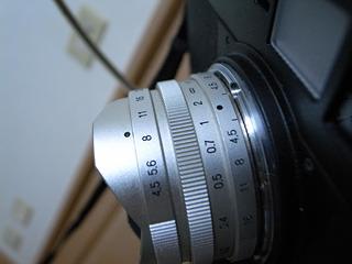絞りF8、距離2メートル、ISO感度400、ノイズリダクション(長時間撮影するとノイズが発生するのでそれをキャンセルする)ON。