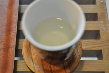 ちなみに残ったお湯飲んでみても昆布茶とかにはなって無くて、お湯だった。