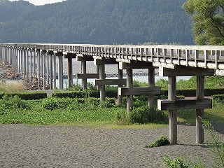 世界一長い木造橋、蓬莱橋