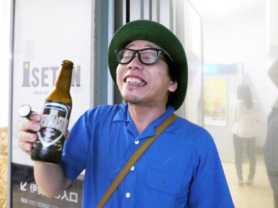 うわ~、こんな濃いビール、お祭りで飲んだらいくらするのだろう?という味がした