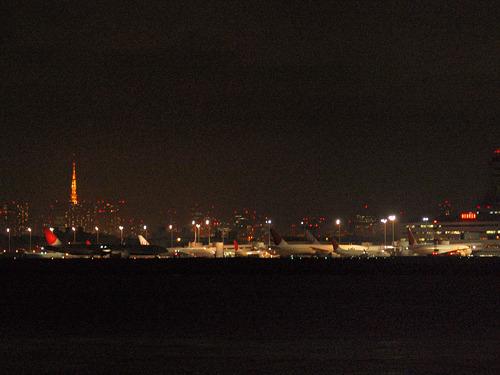 やることがないのでライトアップが復活した東京タワーを撮ったり