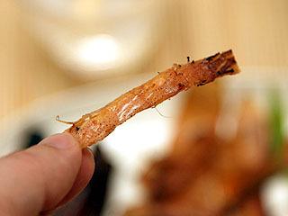 あたりめもヤバイ。柔らかくて食べやすい。歯が弱くなっても食べられるし味も最高でマジヤバイ。