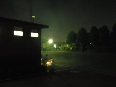 ヒッお化け演出の煙!?と思ったら線香花火やってた。トイレの前で静かにやらないで欲しい。