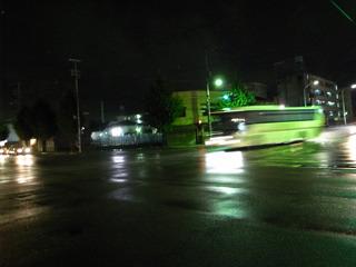 深夜バスという手があったか