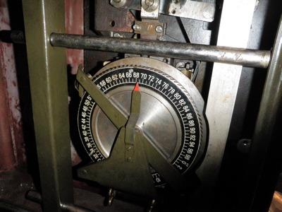 この内側のダイヤルでカウントされる機構になっている