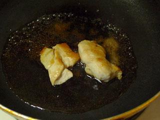 胸肉は照り焼きにしよう。