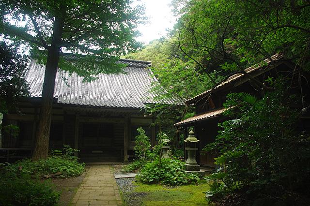 神社仏閣は宿根木以外にも、佐渡のあちこちにある。