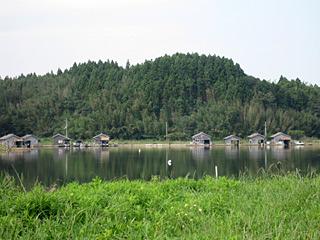 湖は横を通っただけだが、時間を掛けて探索したい雰囲気。