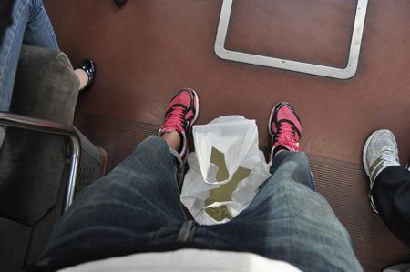 電車で水がこぼれないか心配したりもした