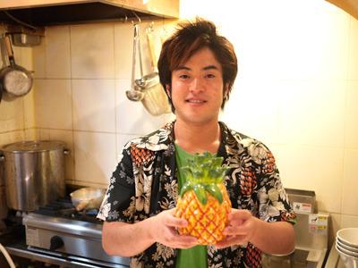 店長の倉田さんです