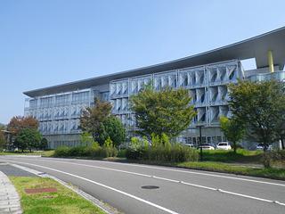 「テクノプラザ」=先進情報産業団地の中に研究所はある。