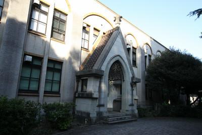 こちらもまた昭和10年に建てられた101号館