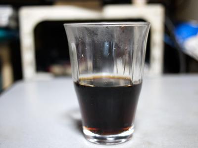 コカ・コーラゼロよりはかなり色が濃厚です
