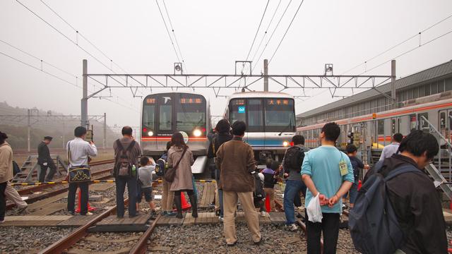 いつも乗ってる電車ともふれあえるチャンス。
