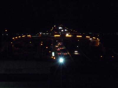 木更津側のロータリー的な灯りが一番派手ですな。