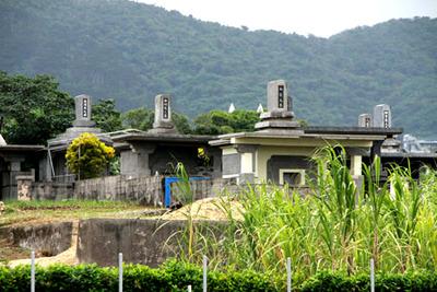 石垣島では本土式との折衷様も増えているようだ