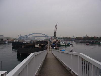 旧大正運河の尻無川側にある桟橋