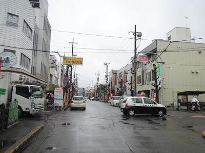 幼少期の私には都会だった二和のメインストリート