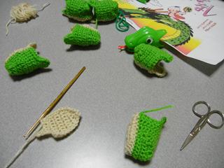 分解して、パーツごとに編みぐるむ