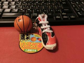 逆にあまり売れていないのは「バスケ部」のキーホルダー。鎌倉関係ないうえに「部活が限定されてしまうから」人気がないらしい