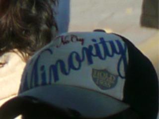 「マイノリティ」そうか、がんばろう、と応援したくなるような帽子である