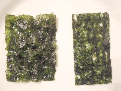 右がコンパクトタイプ。日本の味付け海苔のようなサイズ感