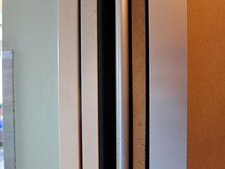 こちらもドアスイッチは片側