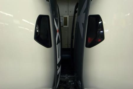 増結を済ますとN'EXと書かれたドアーが横にスライドして開く。