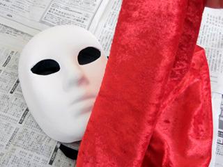 「オペラ座の怪人」って言葉が浮かんだ一枚