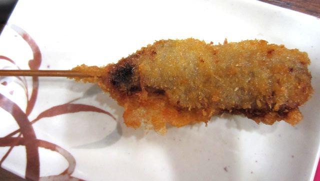 今回は、串カツ(牛肉)を食べ比べます。