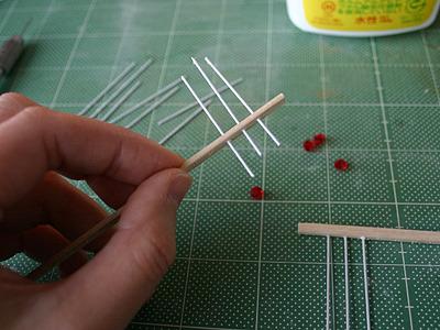 串を刺すのは、はりが先か枠が先か悩む。